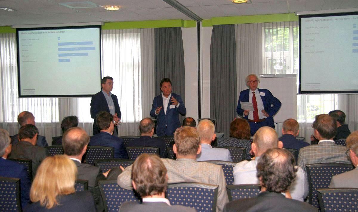 19 mei was er een congres over ontwikkelingen in de relaties tussen specialist en ziekenhuisbestuur. Er waren veel bestuurders, specialisten en consultants.