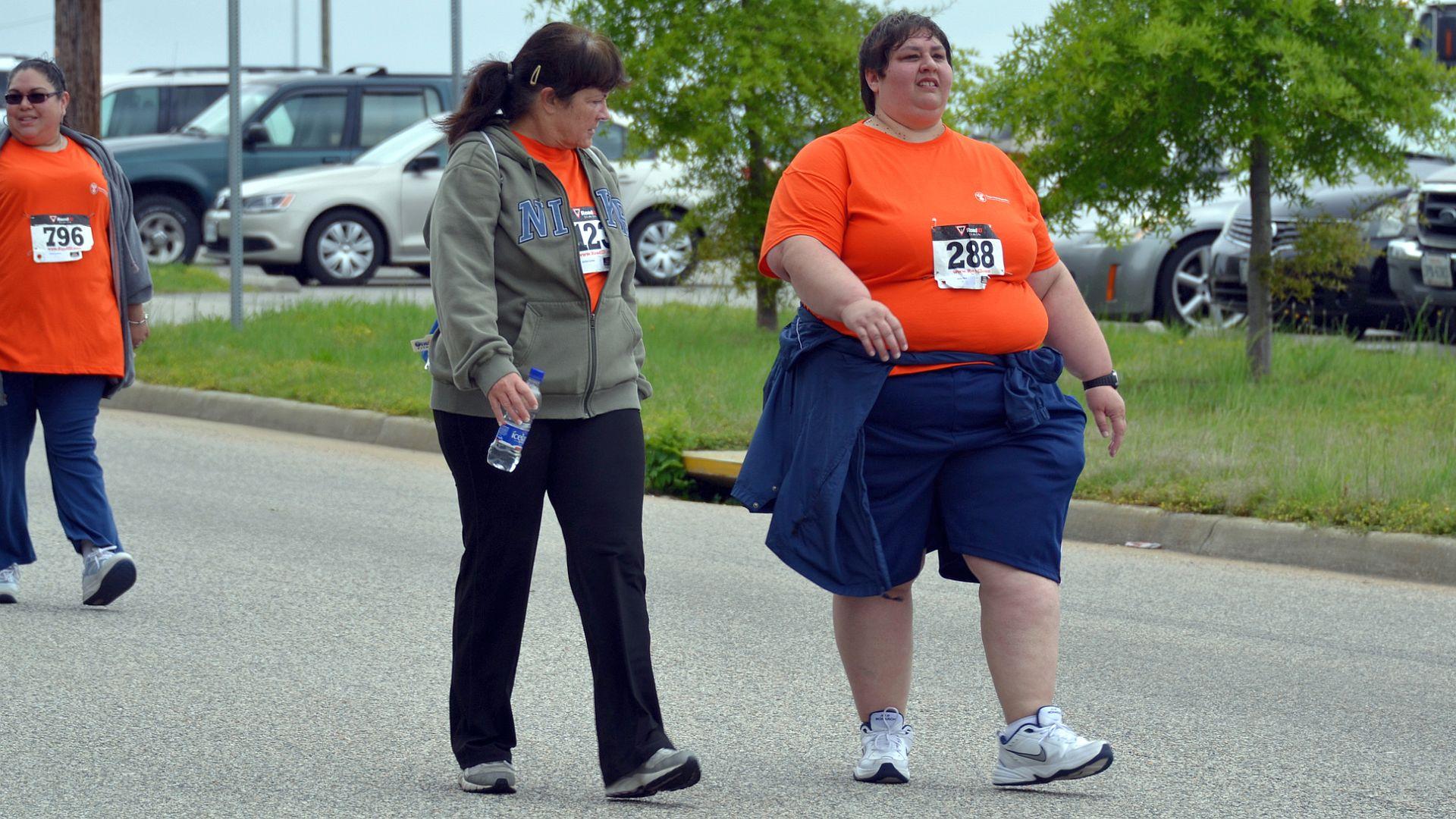 Vanaf 2019 is de gecombineerde leefstijlinterventie opgenomen in de Zorgverzekeringswet. Een leefstijlcoach biedt deze interventie aan, voor mensen met overgewicht en obesitas.