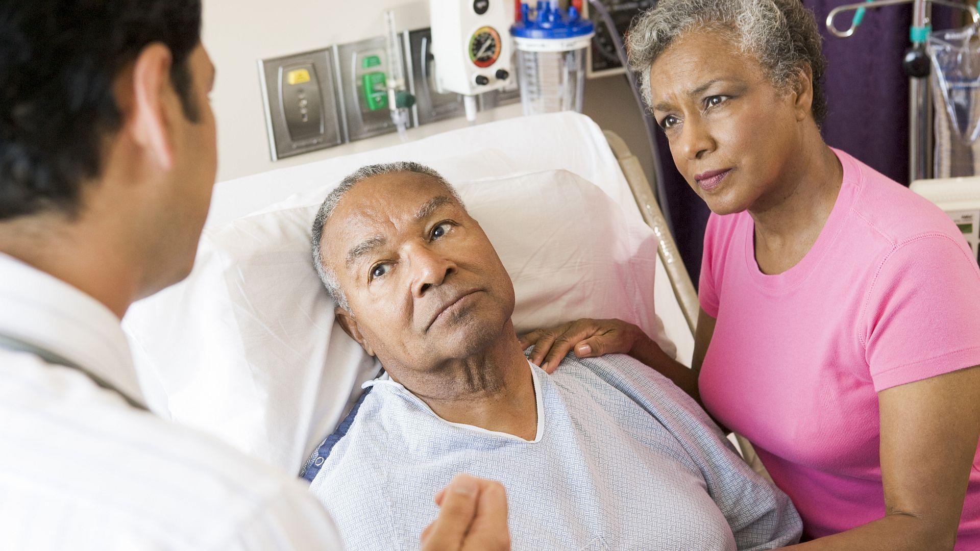 'Samen Beslissen' van patiënt en professional over diagnostiek en behandeling wordt waarschijnlijk verplicht. Hoe ziet het nieuwe wetsvoorstel eruit? Welke zaken ontbreken?